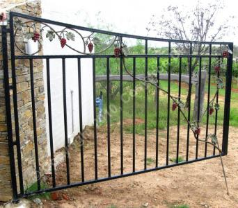 Beautiful Double Gate With Grapes And Leaf Cosyiron Com Au